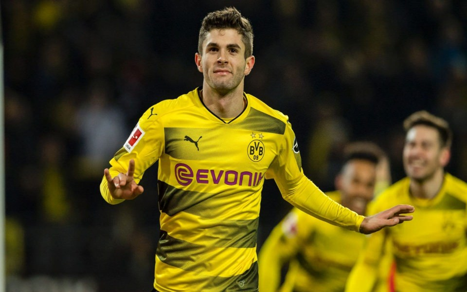 Download Christian Pulisic Borussia Wallpaper