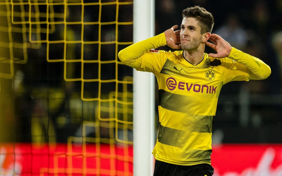 Download Christian Pulisic IPhone X HD 4K Android Mobile