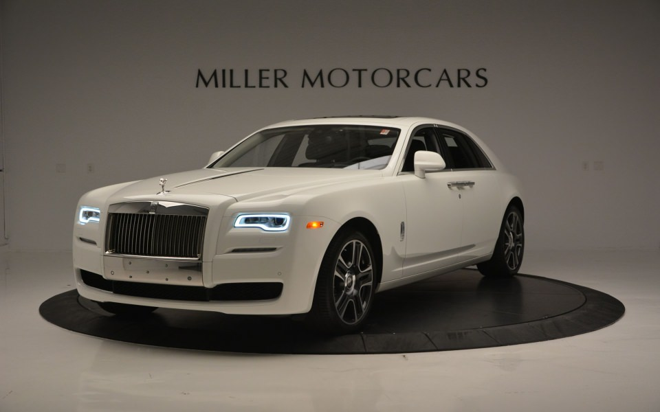 Download Rolls Royce Ghost 4k Ultra Hd Background Photos Iphone 11 Wallpaper Getwalls Io