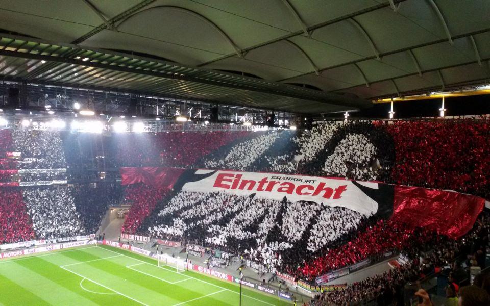 Download Eintracht Frankfurt Iphone 11 Back Wallpaper In 4k 5k Wallpaper Getwalls Io