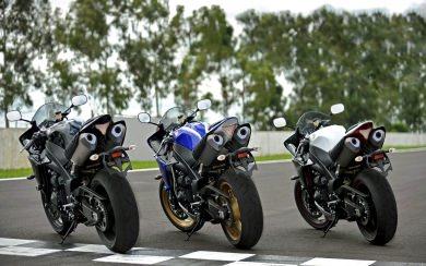Download Yamaha Yzf R1m Supersport Motorcycle Wallpaper Wallpaper Getwalls Io