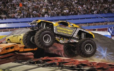 Download Long Monster Trucks Download Best 4k Pictures Images Backgrounds Wallpaper Getwalls Io